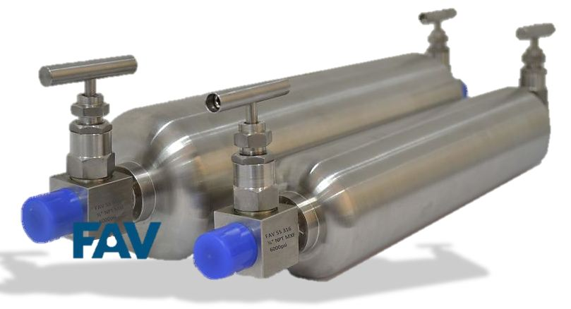 Sampling Cylinders  Needle Valve